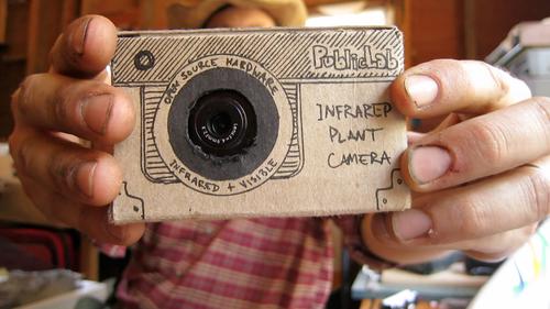infragram-in-hands.png