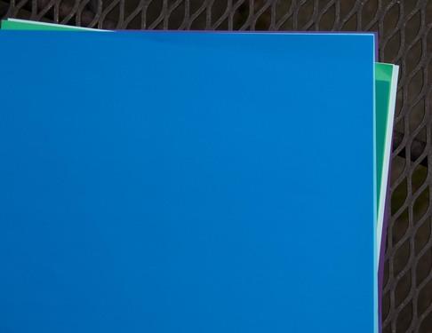 infrablue-201338941.jpg