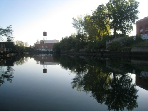 2014_9_4_Gowanus_Canal_Dentons_Spring_site_at_Powerhouse_and_2nd_St_pic_by_Eymund_lowres.jpg