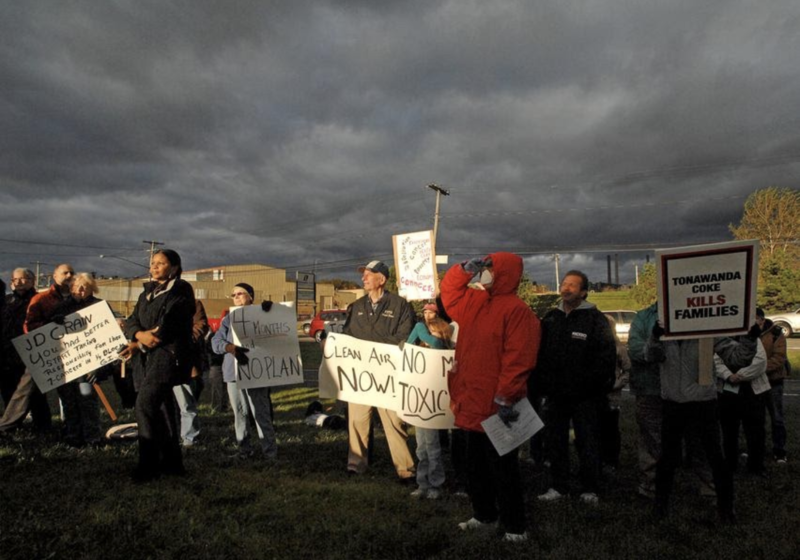 Tonawanda's Clean Air members hold a protest outside the gates of Tonawanda Coke, October 2009 Image courtesy of Citizen Science Community Resources