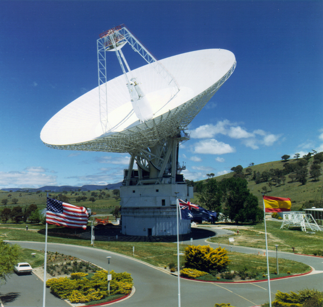 Canberra_Deep_Dish_Communications_Complex_-_GPN-2000-000502.jpg