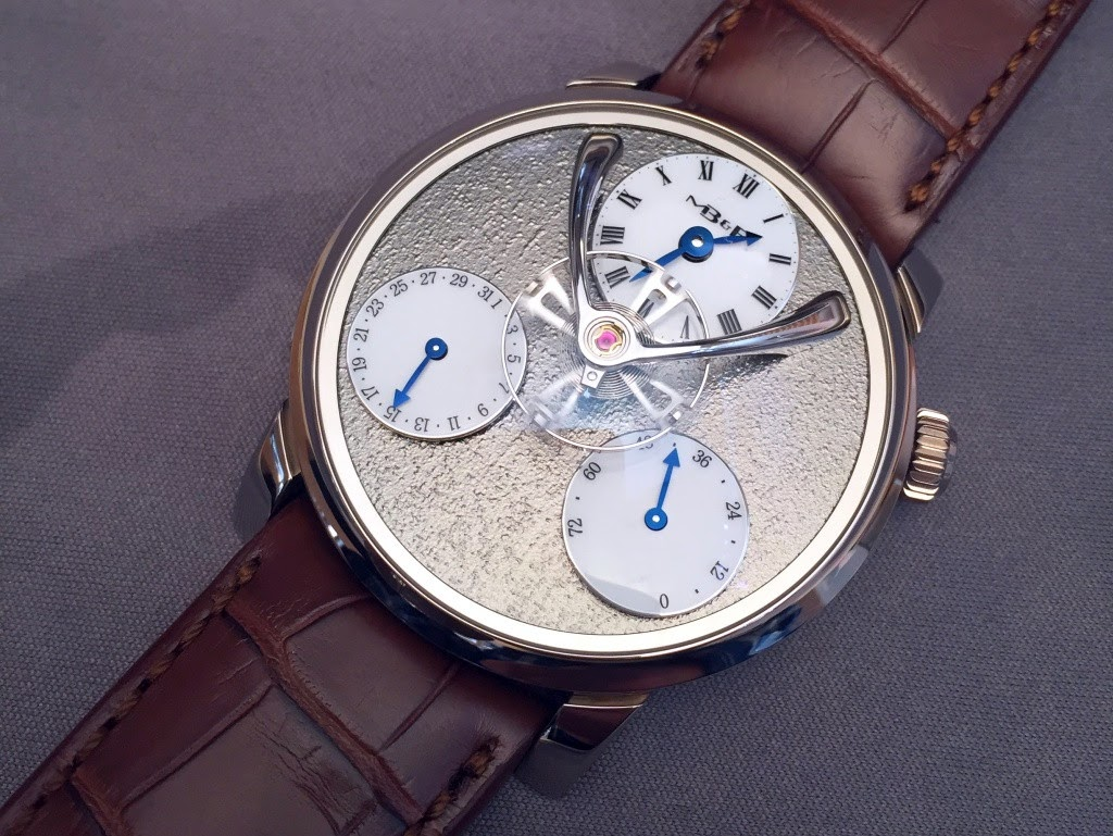 AHCI - Hands on review of the MB&F Legacy Machine Split