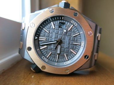 initial-thoughts-on-the-ap-royal-oak-offshore-qeii