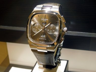 some-pics-from-the-glashutte-booth-and-meeting-in-basel