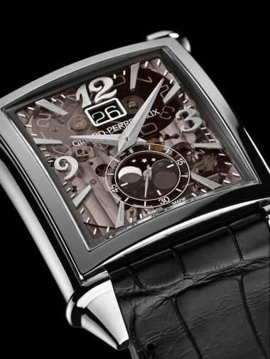 press-release-vintage-1945-large-date-moon-phases-mechanics-of-art-deco