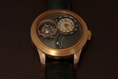 two-fresh-pics-of-the-tri-axial-tourbillon