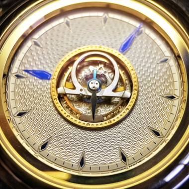 omega-central-tourbillon-up-close-and-personal