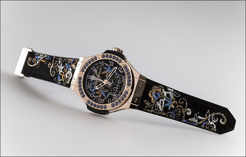 blending two forms of swiss expertise which won the prestigious ladiesu0027 watch prize at the geneva grand prix de