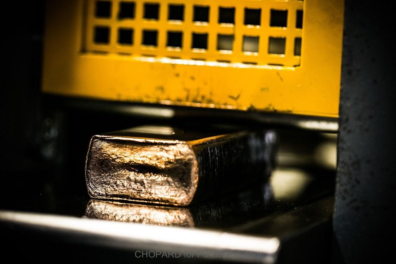 Rolling gold ingot