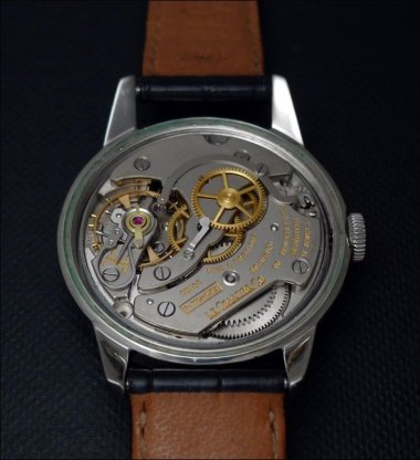 a-view-on-the-jlc-cal-899-the-balance-wheel-and-the-escapement-a-lesson-of-accuracy