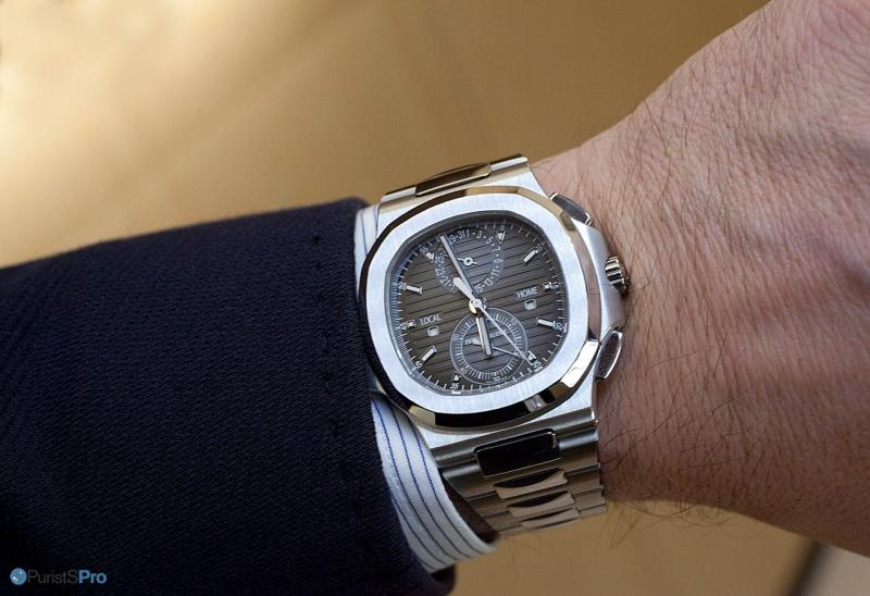 конкуренция заставляет купить часы наручные мужские patek philippe nautilus довольно быстро