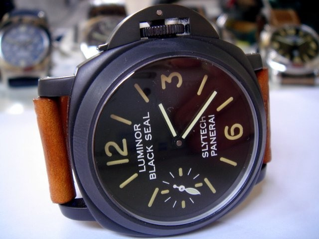 Panerai 5218-218A ... The Black Seal Slytech ! Quicklook_image.583251