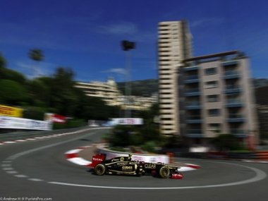 in-time-for-the-monaco-grand-prix-tomorrow-some-live-shots-of-the-rm011-lotus