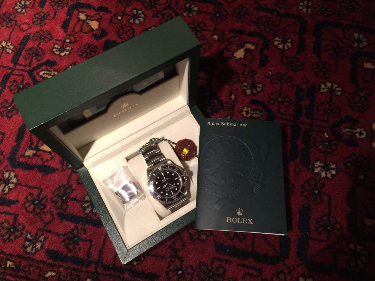 Rolex please don t tell her that the graduation gift i ve always considered this piece one of the best rolex ever made14060m coscbought in 2012 to myself than i thought i sell it with a nice premium but i solutioingenieria Images