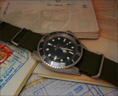 a-quick-and-fresh-picture-of-the-5513-submariner-marine-nationale-meters-first