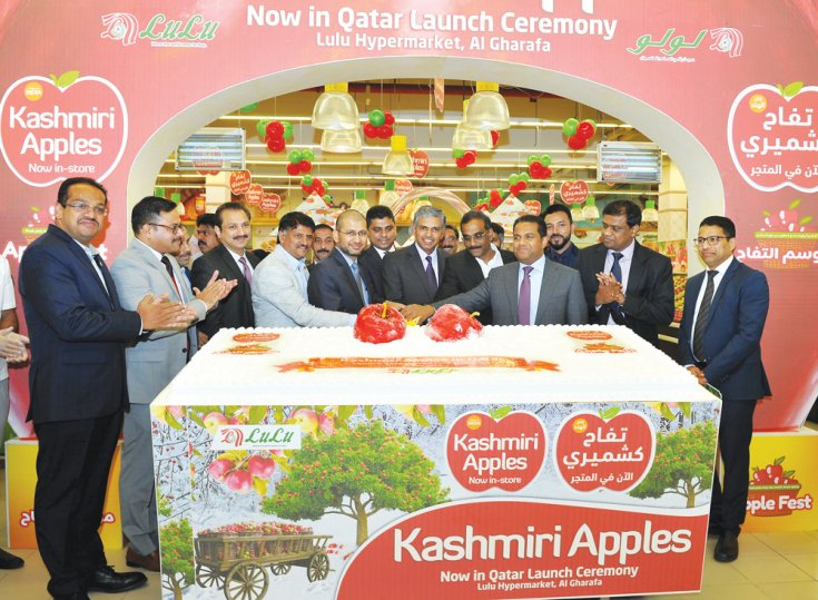 Lulu launches Apple Fest as Kashmiri apples arrive in Doha