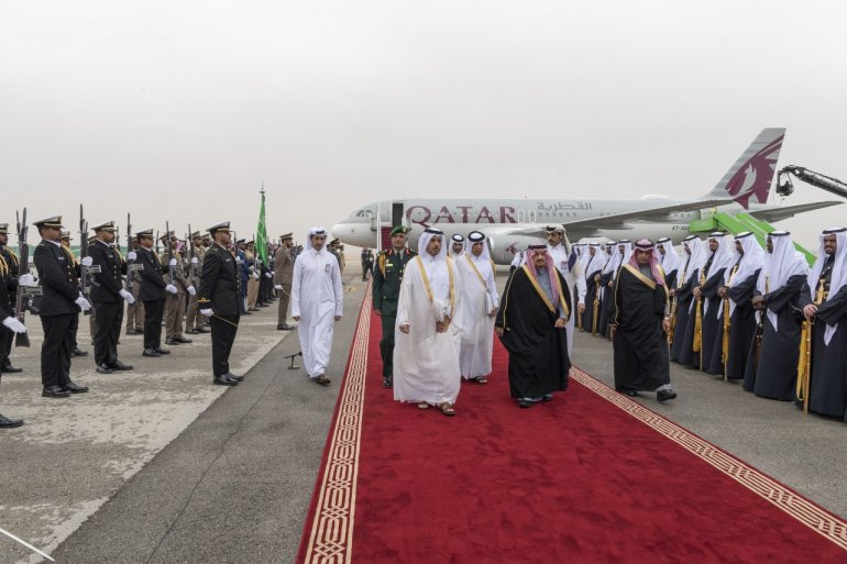 Prime Minister welcomed by Saudi King on arrival in Riyadh