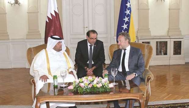 Qatari ambassador presents credentials