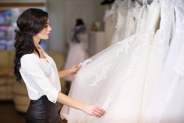 Saiba o que vai ser tendência de vestido de noiva para 2017