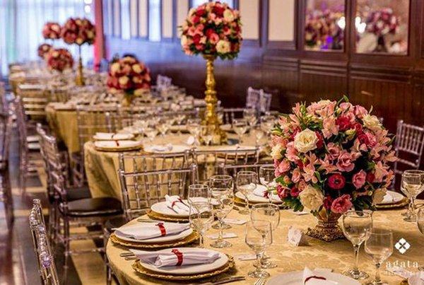 Como organizar as mesas de convidados?