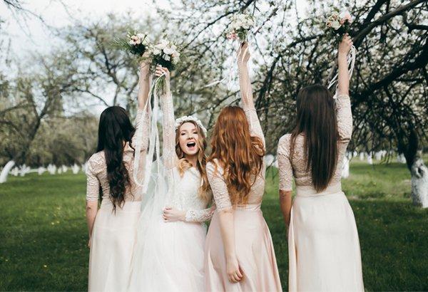 Como escolher o vestido das madrinhas!