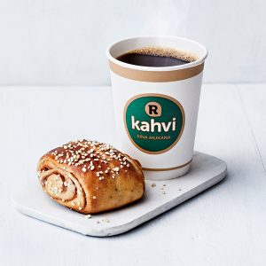 Kahvi ja pulla 3 €