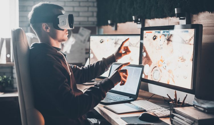 How Virtual Reality Is Transforming Retail and Ecommerce Logistics