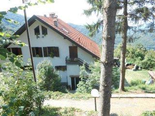 Foto 1 di Villa via Alla VIttoria, frazione Chiesa Giovi, Mignanego