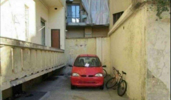 Foto 1 di Box / Garage via Priocca 28, Torino (zona Valdocco, Aurora)
