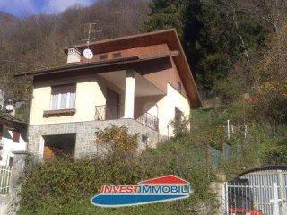 Foto 1 di Villa via Ala 44/2, frazione Voragno, Ceres