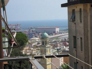 Foto 1 di Trilocale Cornigliano, Genova (zona Cornigliano)