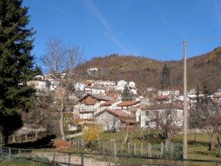 Foto 1 di Trilocale Bruggi, frazione Bruggi, Fabbrica Curone