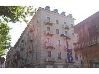 Foto 1 di Trilocale corso Francia, 19 bis, Torino (zona Cit Turin, San Donato, Campidoglio)