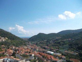 Foto 1 di Trilocale via Giorni, Tovo San Giacomo
