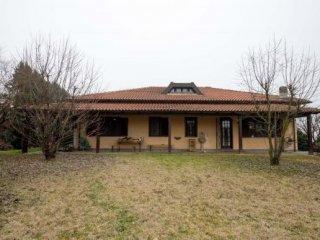 Foto 1 di Villa Via Montemariano, Pietra Marazzi