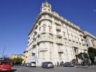 Foto 1 di Ufficio Via Corsica, Genova