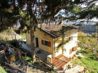 Foto 1 di Casa indipendente Via Pozzo 13, Ceranesi