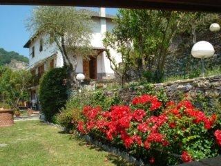 Foto 1 di Villa via Canale, Rapallo
