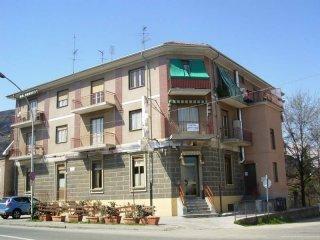 Foto 1 di Bilocale via Pinerolo 4, Piossasco