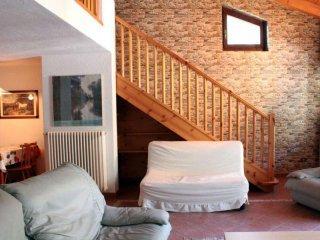 Foto 1 di Bilocale borgo Antey Saint Andrè frazione Bourg Les Amis 22, Antey Saint Andrè