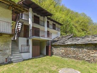 Foto 1 di Casa indipendente Bobbio Pellice