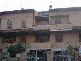 Foto 1 di Villetta a schiera Via crociale, Maranello