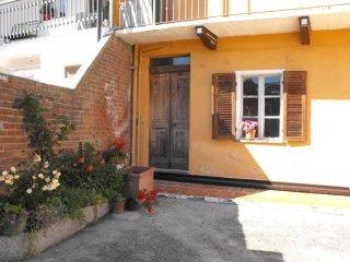 Foto 1 di Casa indipendente strada Serra, Castagneto Po