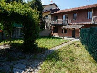 Foto 1 di Porzione di casa via Tetto Nuovo 14, Pino Torinese