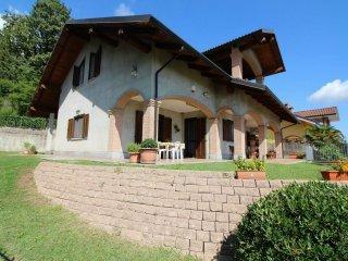 Foto 1 di Villa via don carlo terando 14, frazione Giordanino, La Cassa