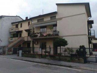 Foto 1 di Appartamento via lunga di cafaggio 15, Prato (zona Cafaggio, Badie)
