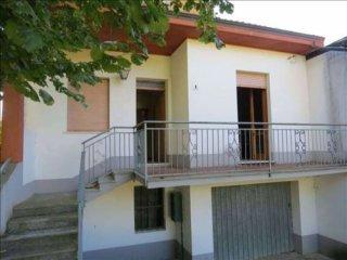 Foto 1 di Villetta a schiera Località Bruzzi, Farini