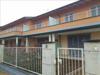 Foto 1 di Villetta a schiera BESURICA, Piacenza
