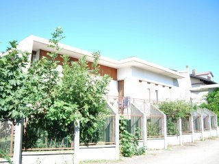 Foto 1 di Villa Bifamiliare via Rovereto  2, Rivalta Di Torino