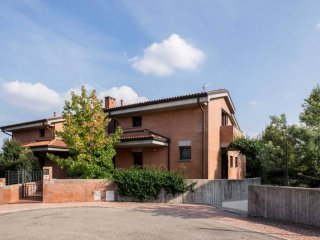 Foto 1 di Casa indipendente via Matteotti, Dozza